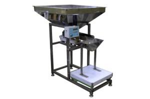Дозатор весовой полуавтоматический ДВП-25 (Упаковка в мешки)